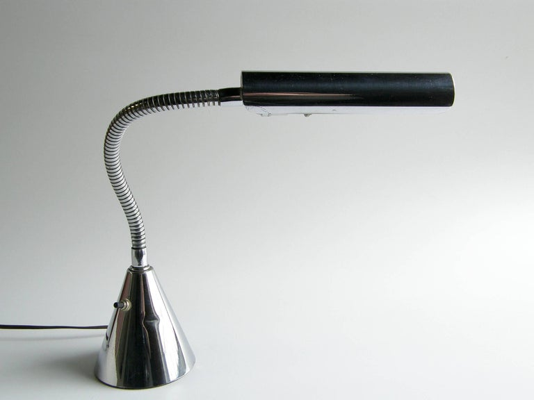American Harry Weese Gooseneck Lamp For Sale