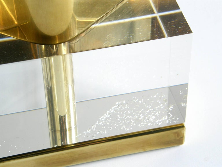 Late 20th Century Chapman Lucite and Brass Reflector Lamp For Sale