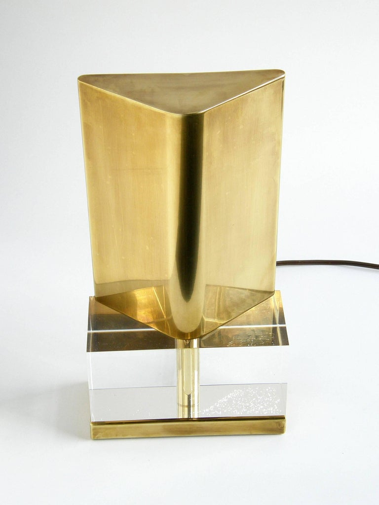 Minimalist Chapman Lucite and Brass Reflector Lamp For Sale