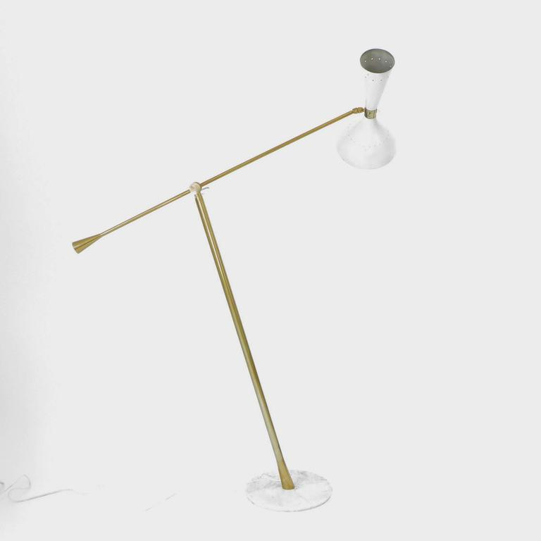 Mid-Century Modern Italian Floor Lamp by Arredoluce with Brass Articulating Arm on Marble Base For Sale