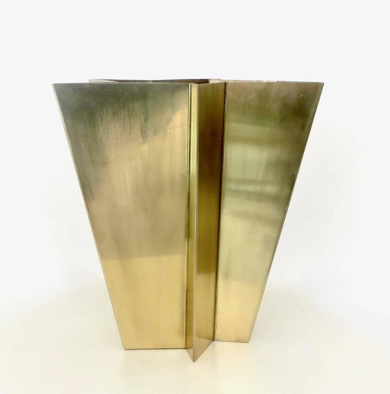 Tommaso Salocchi is a designer in Milan and the son of famed artist, designer and architect Claudio Salocchi. 