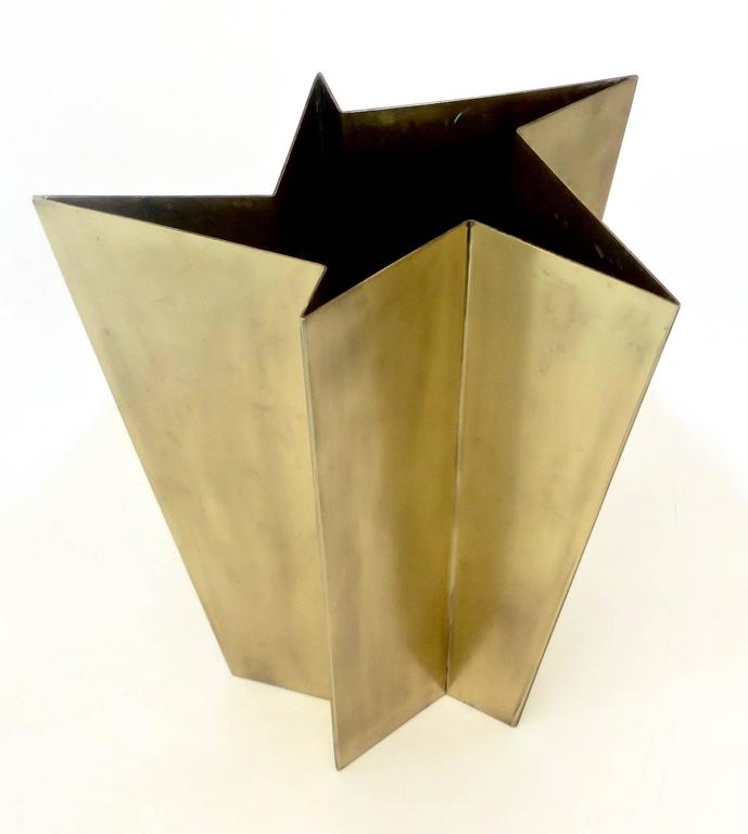 Contemporary Italian Star Form Brass Vase by Tommaso Salocchi, Studio Salocchi For Sale