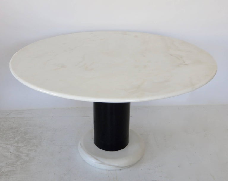 Mid-Century Modern Ettore Sottsass White and Black Round Marble Dining Table Lotorosso Polotronova For Sale