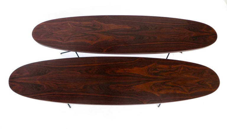 Mid-20th Century  Osvaldo Borsani for Tecno Oval Rosewood Coffee Tables on Metal Legs For Sale