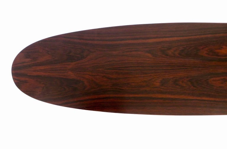 Osvaldo Borsani for Tecno Oval Rosewood Coffee Tables on Metal Legs For Sale 1