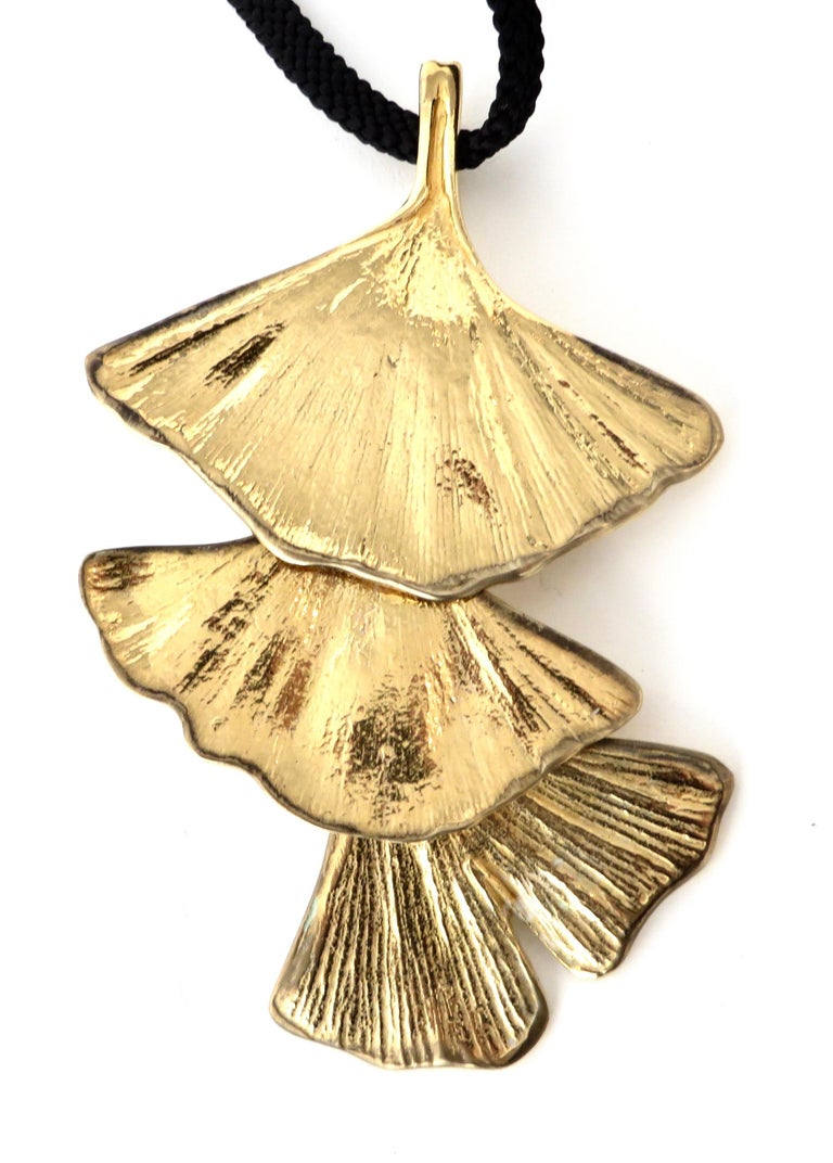Paul Oudet for Claude De Muzac French Gilded Bronze Ginko Necklace In Excellent Condition For Sale In Chicago, IL