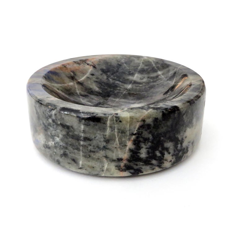 Italian Marble Bowl or Vide Poche Blue Lapis Colored Gray White Veined Marble For Sale 1