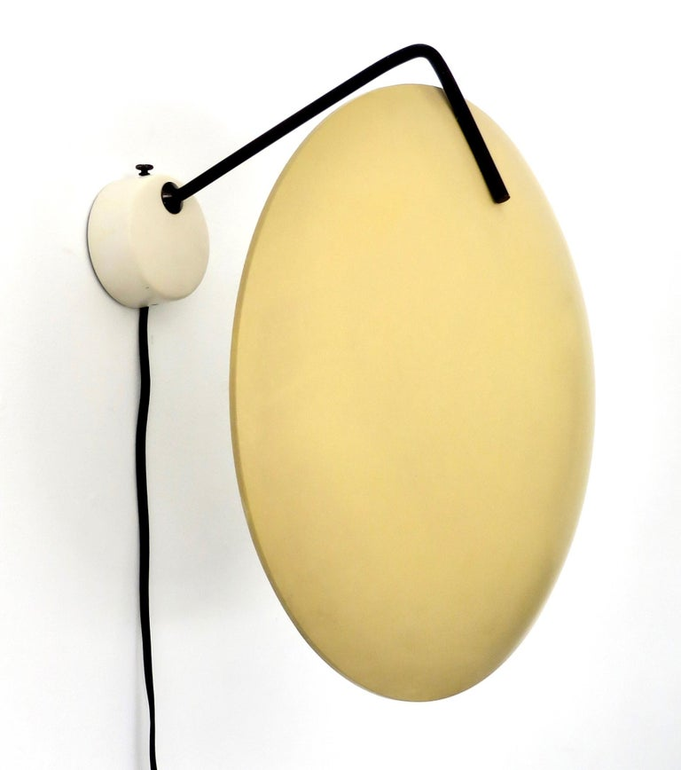 Stilnovo Italian Light Sconce by Bruno Gatta Model 232 For Sale 1