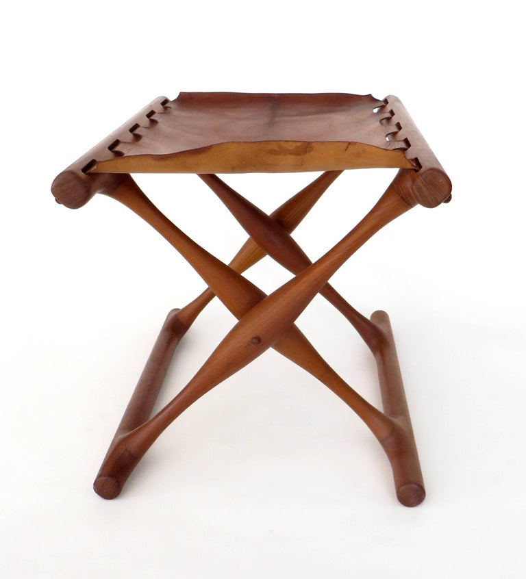 Poul Hundevad Danish Folding Stool PH 43 For Sale 6