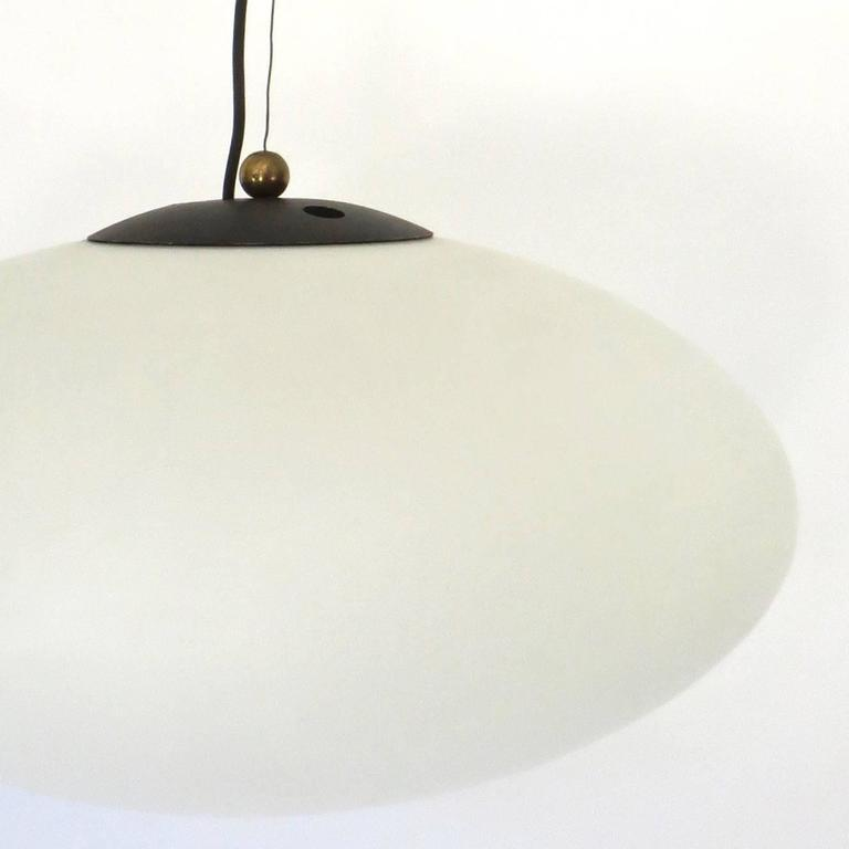 Italian Vintage Blown Opaque Glass Pendant Light by Stilnovo Circa 1960 In Excellent Condition For Sale In Chicago, IL