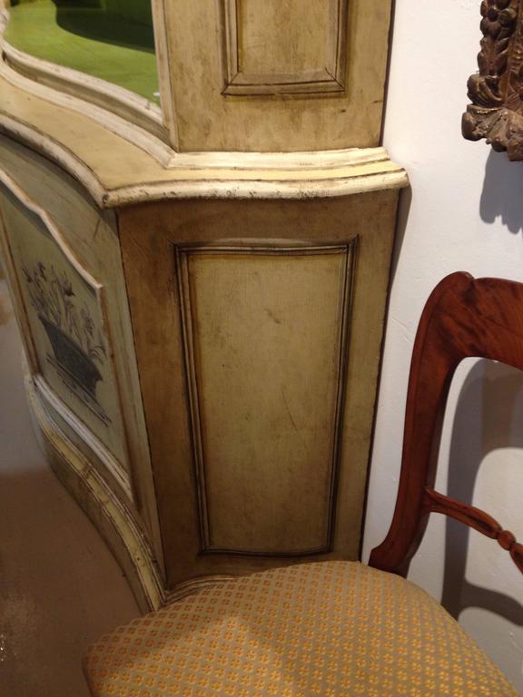 Elegant 19th Century Italian Neoclassical Painted Bookcase 3