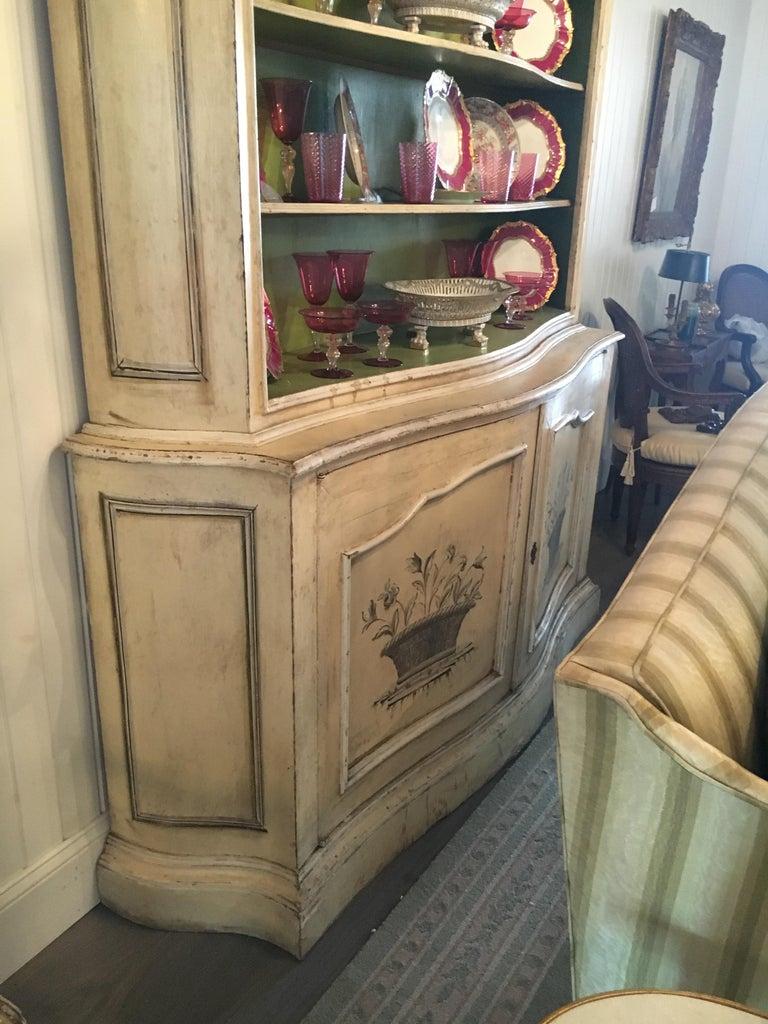 Elegant 19th Century Italian Neoclassical Painted Bookcase For Sale 3