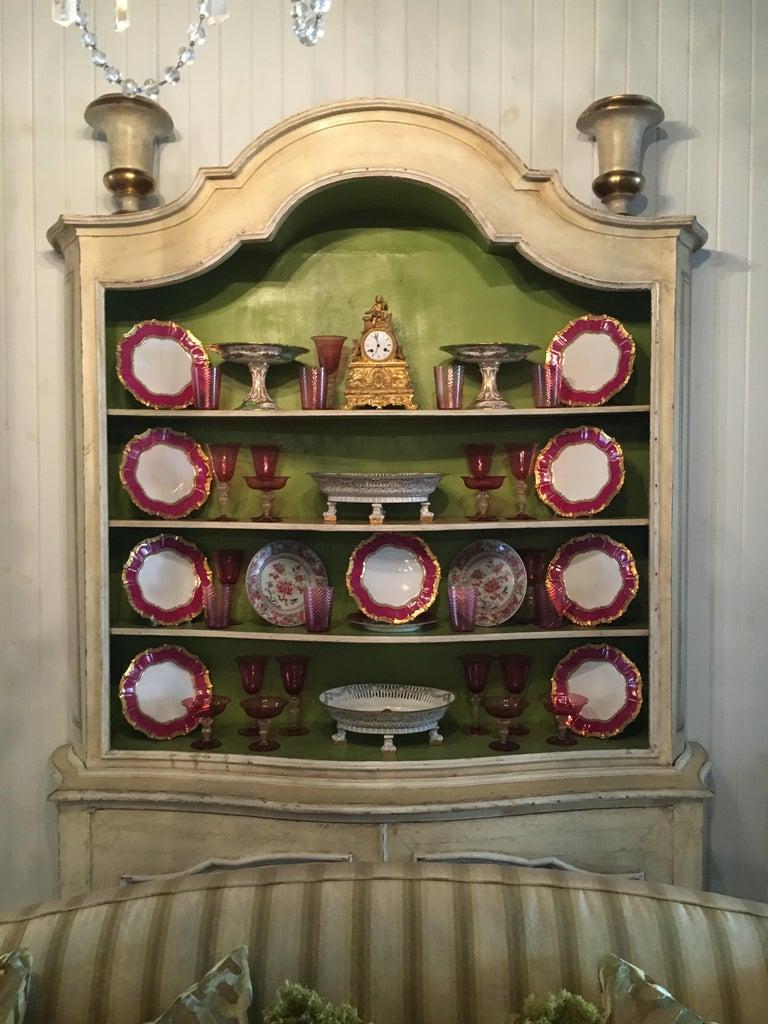 Elegant 19th Century Italian Neoclassical Painted Bookcase For Sale 6