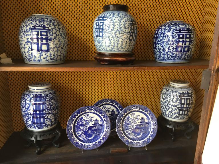 19th Century Large Collection Of Chinese Export Blue and White of Large Scale For Sale