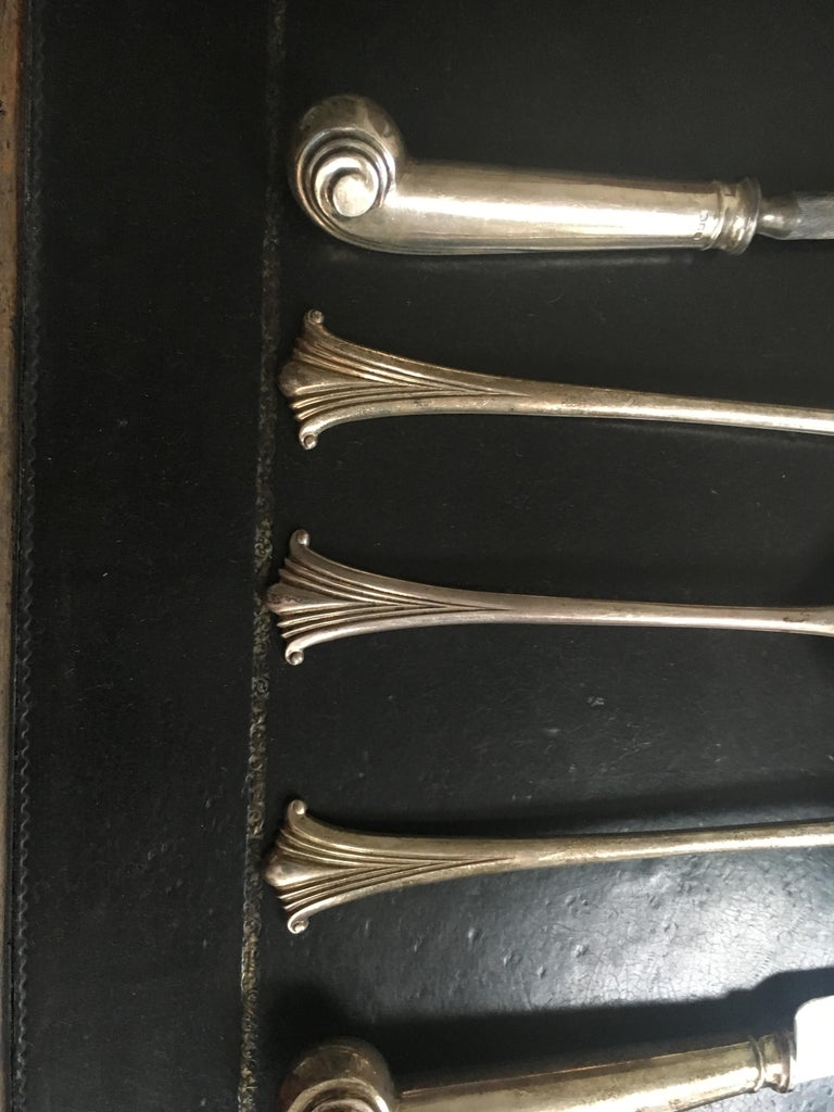 Extensive English Sterling Silver Flatware Service for 12 In Excellent Condition For Sale In Buchanan, MI