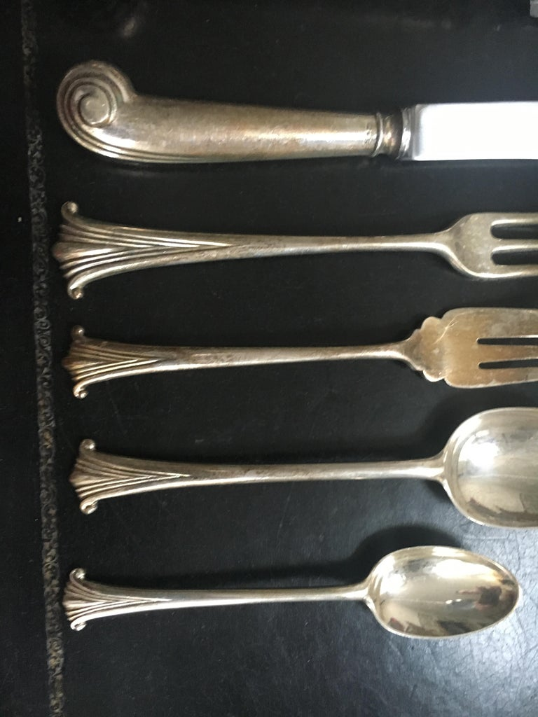 Extensive English Sterling Silver Flatware Service for 12 For Sale 1