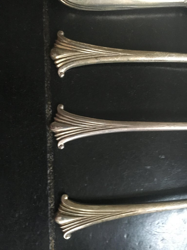 Extensive English Sterling Silver Flatware Service for 12 For Sale 2