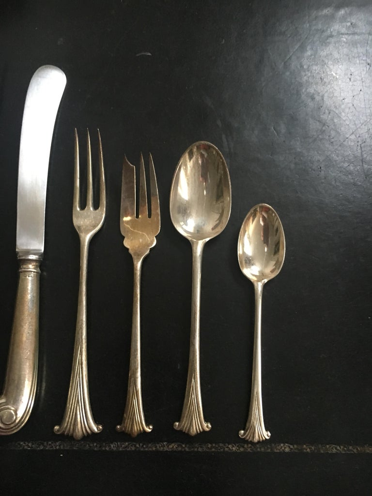Extensive English Sterling Silver Flatware Service for 12 For Sale 5