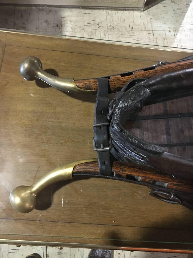 Handsome 19th Century Leather, Wood and Brass Horse Collar Mounted as Mirror In Excellent Condition For Sale In Buchanan, MI