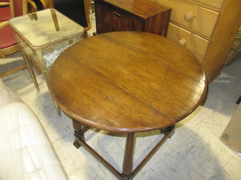 Handsome English Handcrafted Oak Tavern Table 2