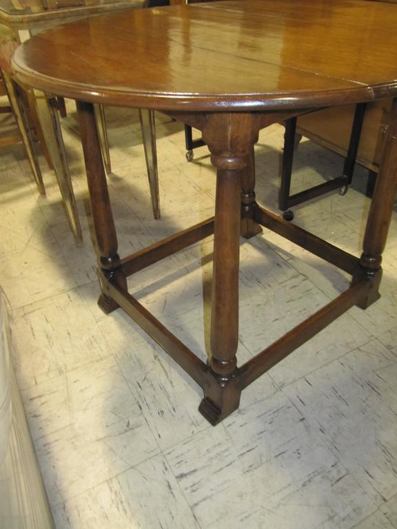 Handsome English Handcrafted Oak Tavern Table 3