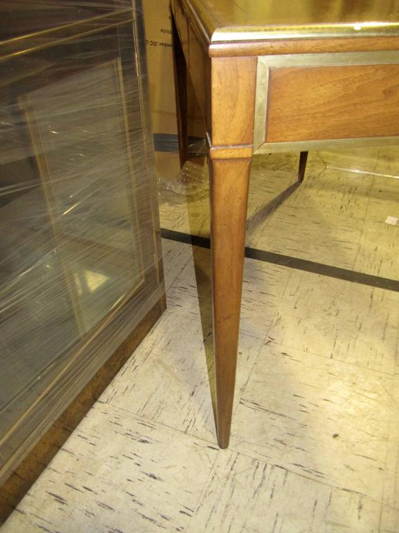 Very Chic Mid-Century Mahogany and Brass Inlayed Writing Table 7