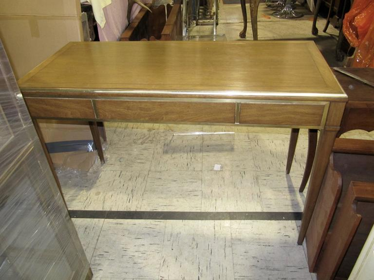 Very Chic Mid-Century Mahogany and Brass Inlayed Writing Table 8