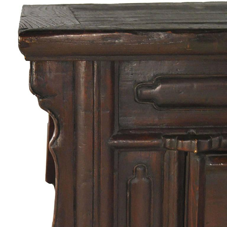 19th Century Chinese Chest In Excellent Condition For Sale In Chicago, IL