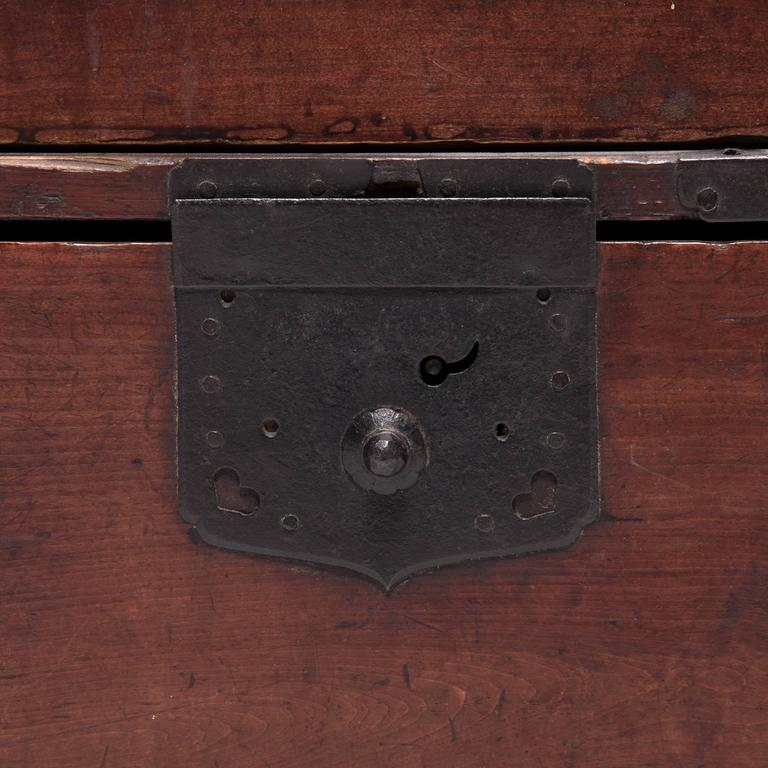 Early 20th Century Japanese Tansu Chest 9