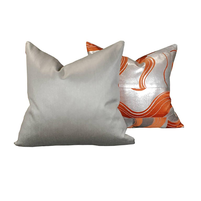 Pair of Pillows made from Vintage Japanese Obis In Excellent Condition For Sale In Chicago, IL
