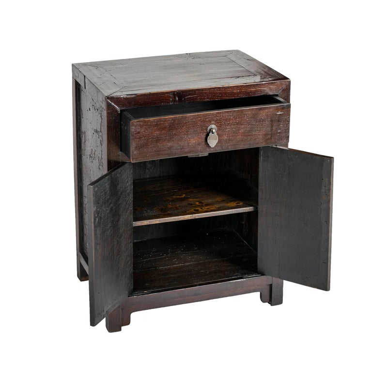 Early 20th Century Chinese Petite Narrow Cabinet In Good Condition For Sale In Chicago, IL