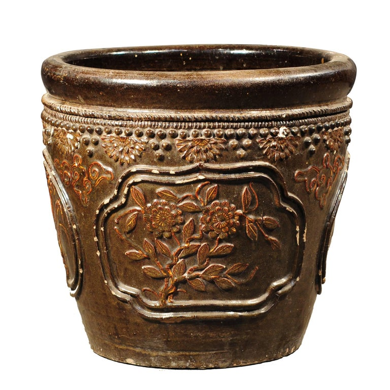 Early 20th Century Chinese Floral Relief Jar