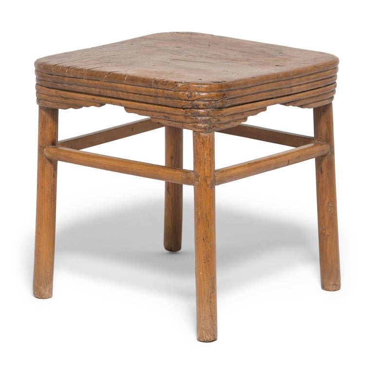 Early 19th Century Chinese Burled Top Feng Deng Stool In Good Condition For Sale In Chicago, IL