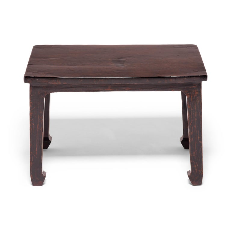 Lacquered 19th Century Chinese Knotty Low Table For Sale