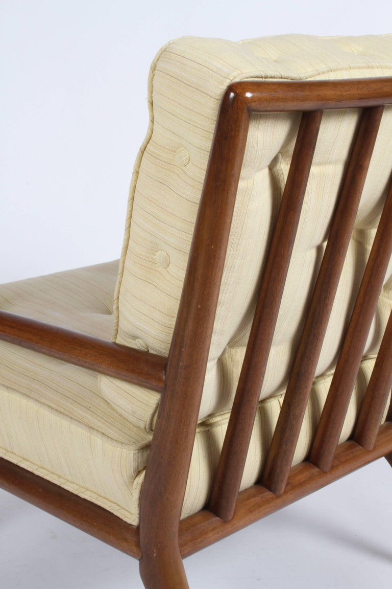 Pair of Classic T.H. Robsjohn-Gibbings for Widdicomb Lounge Chairs For Sale 5
