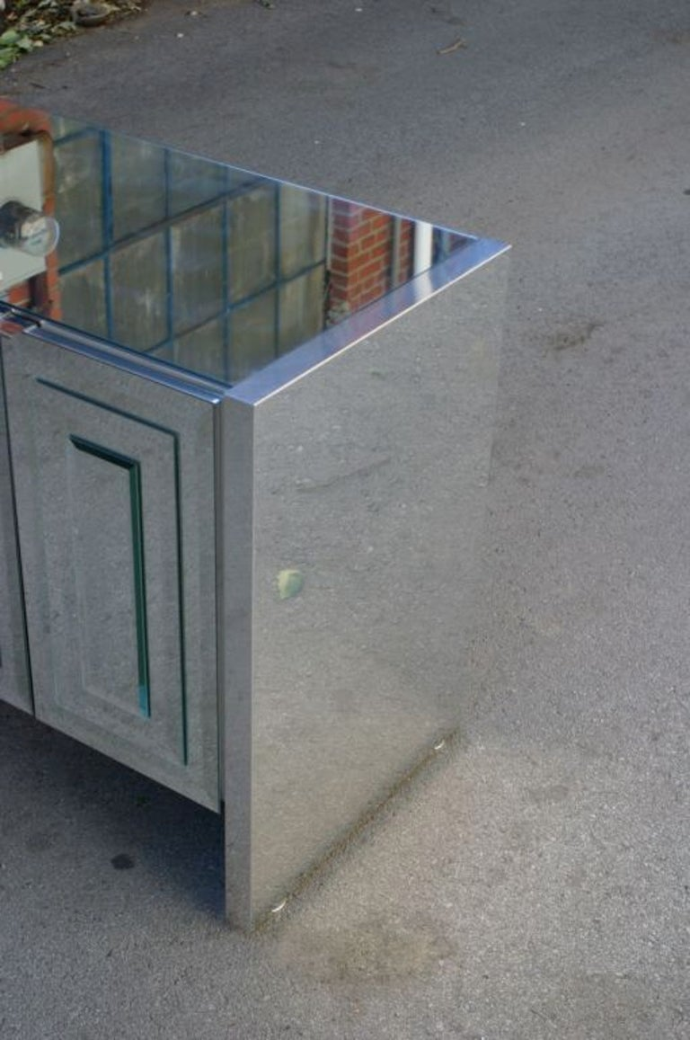 1970s Hollywood Regency Ello Mirrored Credenza with Polished Chrome Clad Sides In Good Condition In St. Louis, MO