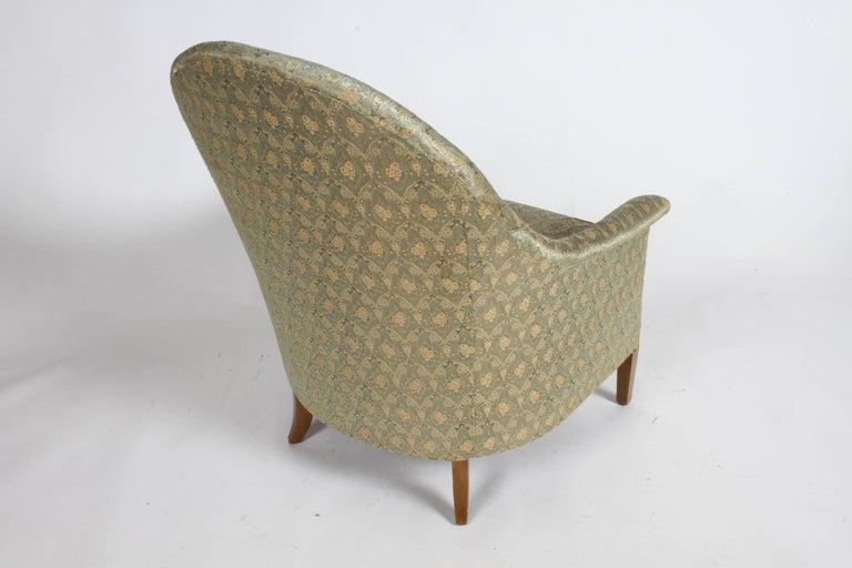 Elegant Spoon Back Romweber Lounge Chair  For Sale 5