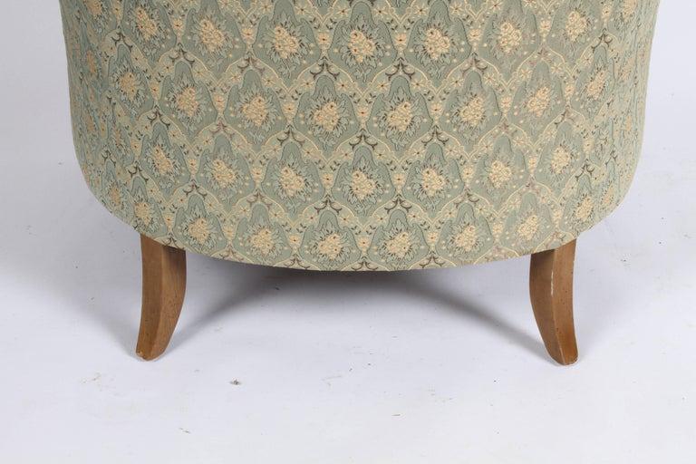 Elegant Spoon Back Romweber Lounge Chair  For Sale 6