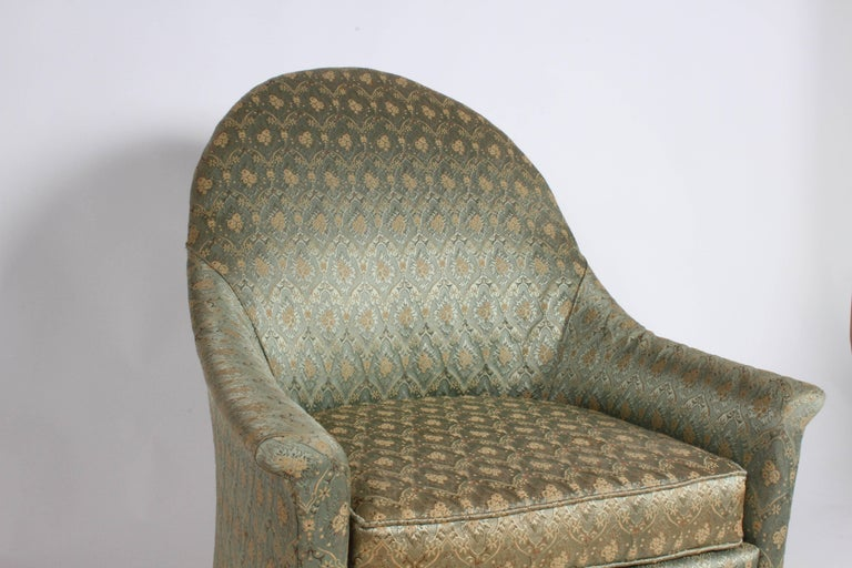 Elegant Spoon Back Romweber Lounge Chair  In Good Condition For Sale In St. Louis, MO