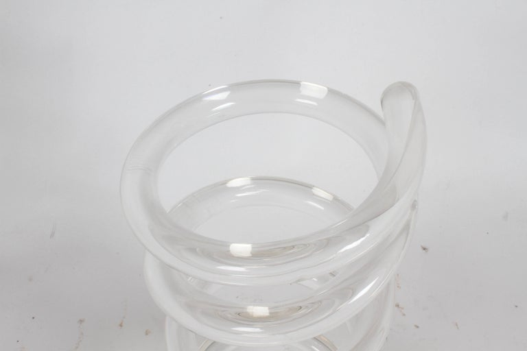 Mid-20th Century Dorothy Thorpe Style Lucite Coil Cane or Umbrella Stand For Sale