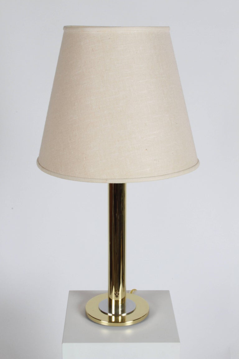 Mid-Century Modern Pair of Nessen NT754 Polished Brass and Chrome Table Lamps For Sale