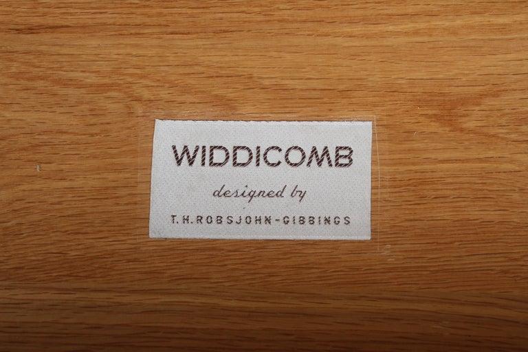 Rare T.H. Robsjohn-Gibbings for Widdicomb Sideboard For Sale 4