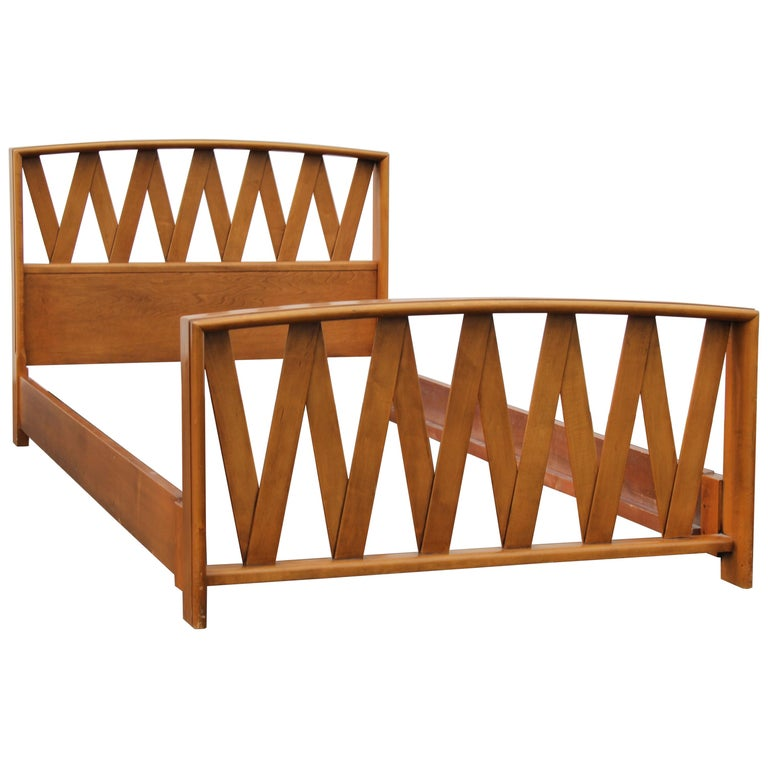 Pair of Paul Frankl for Johnson Furniture Twin Beds For Sale