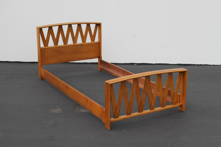 American Pair of Paul Frankl for Johnson Furniture Twin Beds For Sale
