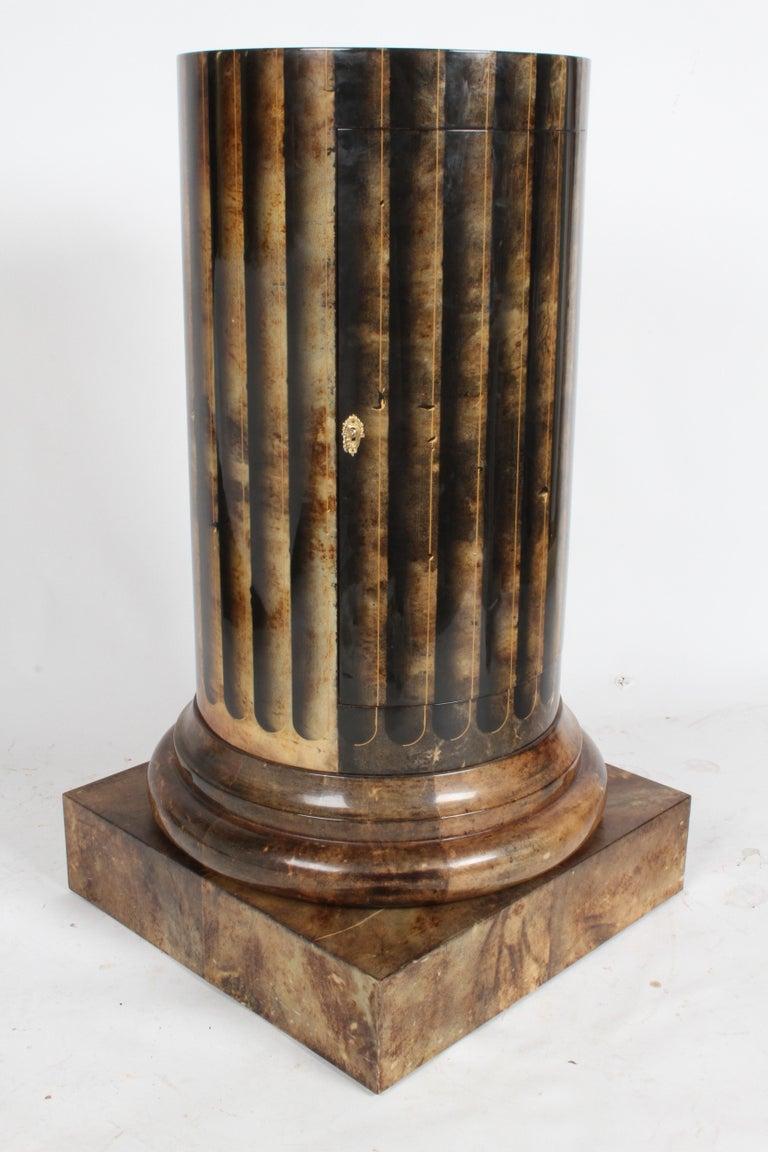 Aldo Tura, Italy, Goatskin Column Dry Bar For Sale 9