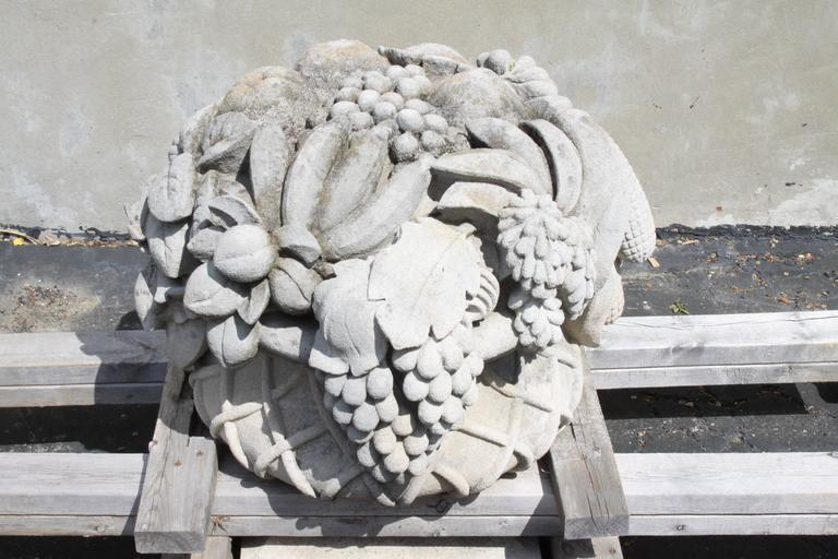 Pair of Monumental Carved Stone Garden Fruit Basket from Famed Vouziers Mansion For Sale 1