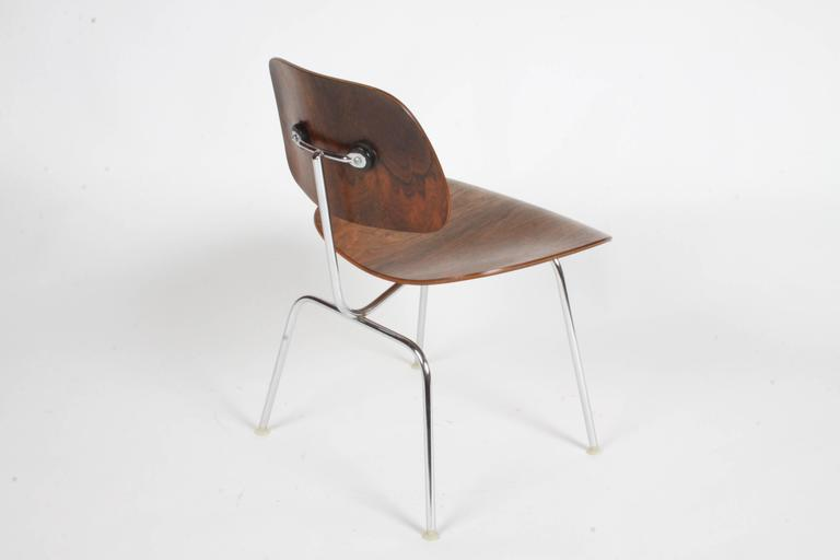 Mid-Century Modern Pair of Charles Eames for Herman Miller Rosewood DCM Chairs - Rare For Sale