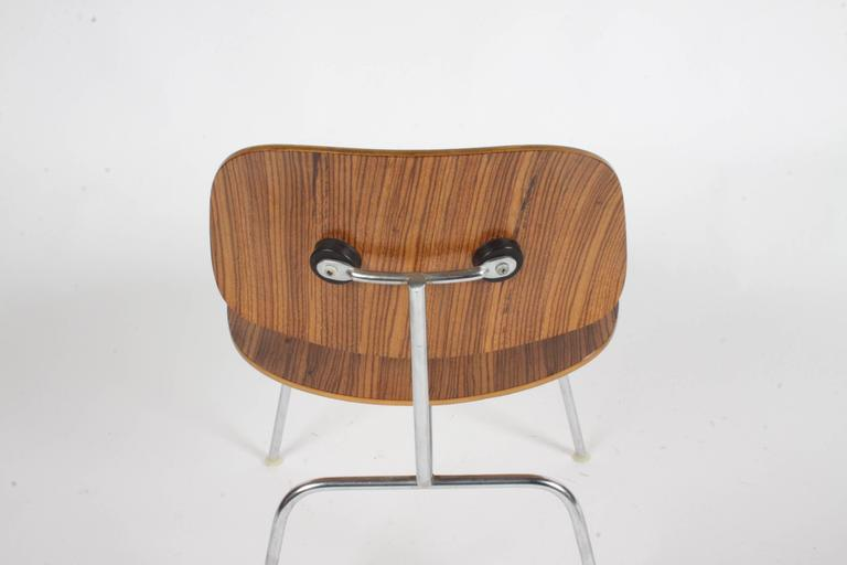 Pair of Charles Eames for Herman Miller Zebrawood DCM Chairs, Rare For Sale 2