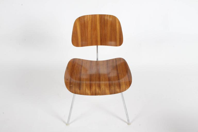 Pair of Charles Eames for Herman Miller Zebrawood DCM Chairs, Rare For Sale 3