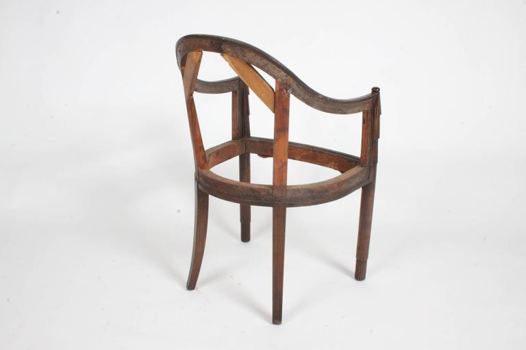 Nice French Art Deco Armchair Frame In Good Condition For Sale In St. Louis, MO